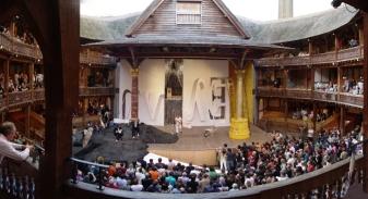 Globe Theatre (źródło: caliban.lbl.gov)